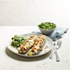 Gevulde courgette met blauwe kaas en hazelnoot