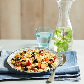 Couscous met aubergine, olijven en munt