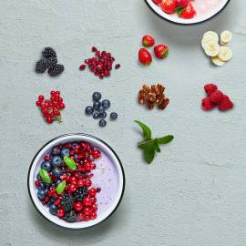 Funky berry-pomegranate bowl
