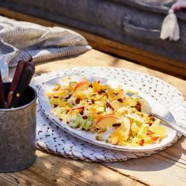 Notenrijstsalade met appel en oude kaas