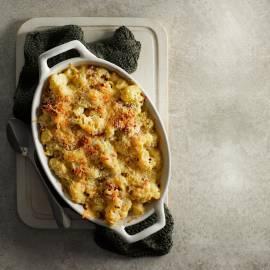 Mac & cheese met bloemkoolsaus