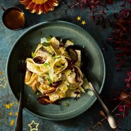 Pappardelle met paddenstoelen, mascarpone en truffelolie