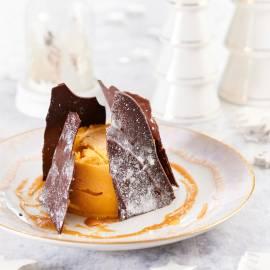 Pompoen-kokos-ijstaartjes met salted caramel