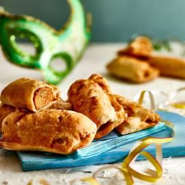 Brabantse worstenbroodjes met pittig kipgehakt