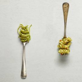 Peperpesto met koriander en pecorino