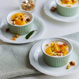 Ricottayoghurt met sinaasappel en pistachekaramel