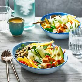 Mango-quinoa bowl