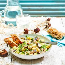 Krieltjessalade met haring en kappertjesdressing