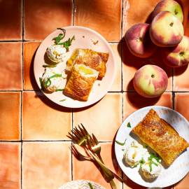 Perzik-pies met gemberijs