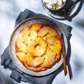 Ananas-tarte Tatin met kokosijs