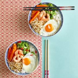 Rijstbowl met garnalen en snelle kimchi