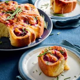 Cranberrybroodjes met rozemarijn