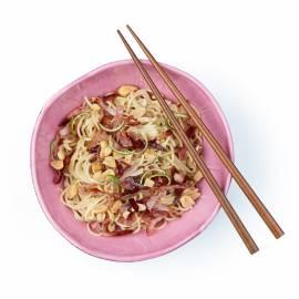 Chinese eiermie met knapperige ham en citroengras