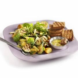 Courgettesalade met kaas en krieltjes
