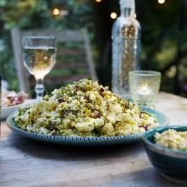 Couscoussalade met bloemkool en pistache