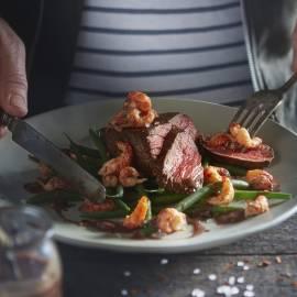 Biefstuk met rivierkreeft en rodewijnsaus