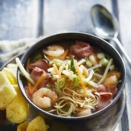 Chinese miesoep met garnalen en rosbief