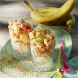 Frozen bananasorbet met exotisch fruit en kokos