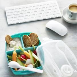 Witte bonendip met rauwkost en crackers