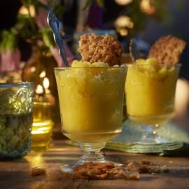 Granita van mango, gember en amandelkrokantje